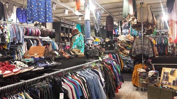 Episode Haarlem interieur tweedehands kleding