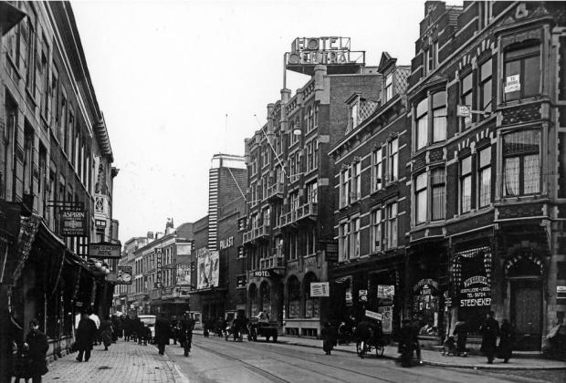 Luxor en Hotel Central Kruiskade Rotterdam toen