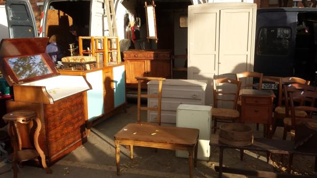 Parijs vlooienmarkt Vanves meubels