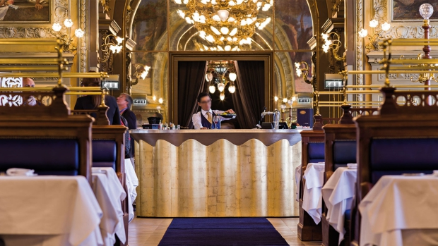 Le Train Bleu restaurant Parijs bar