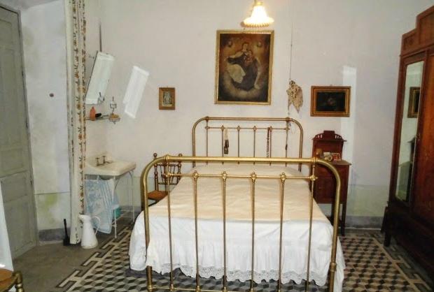 Spaans dorpje te koop slaapkamer