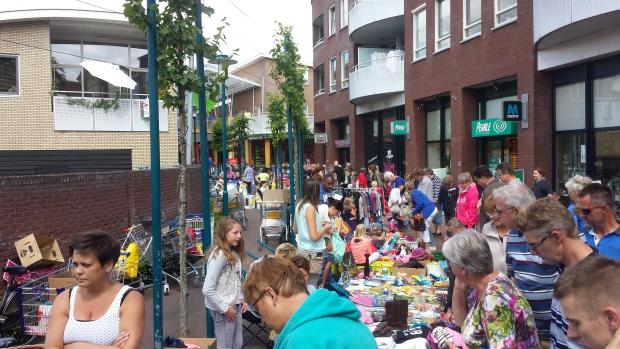 Epe kleedjesmarkt menigte