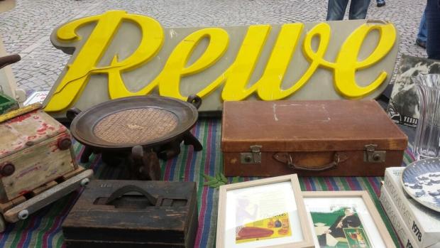 Keulen rommelmarkt letters