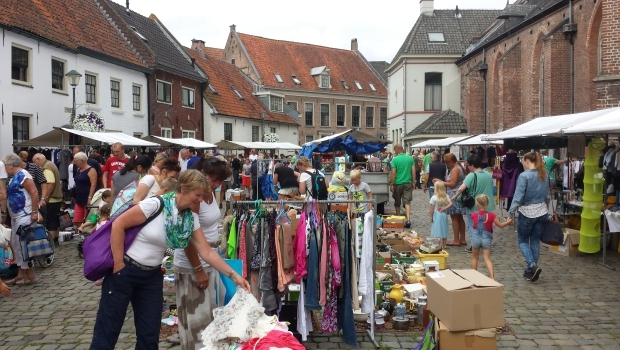Hattem rommelmarkt plein 2