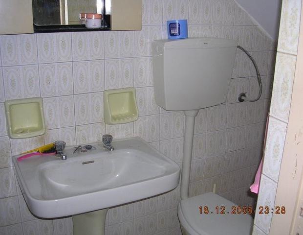 Italiaans huis te koop badkamer wastafel go with the vlo