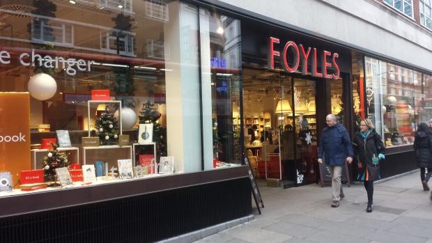 Foyles Londen boekhandel romans lezen