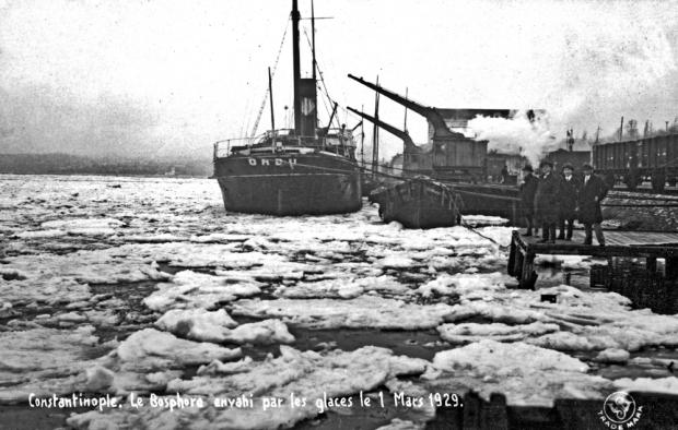Istanbul Winter Diary expositie Bosporus boot