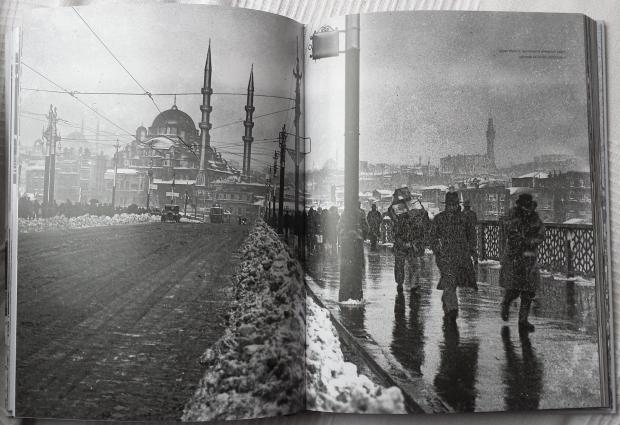 Istanbul in de sneeuw Galatabrug boek