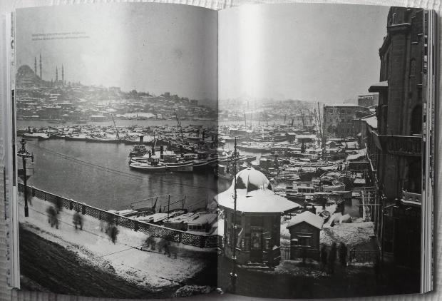 Istanbul in de sneeuw boek Gouden Hoorn