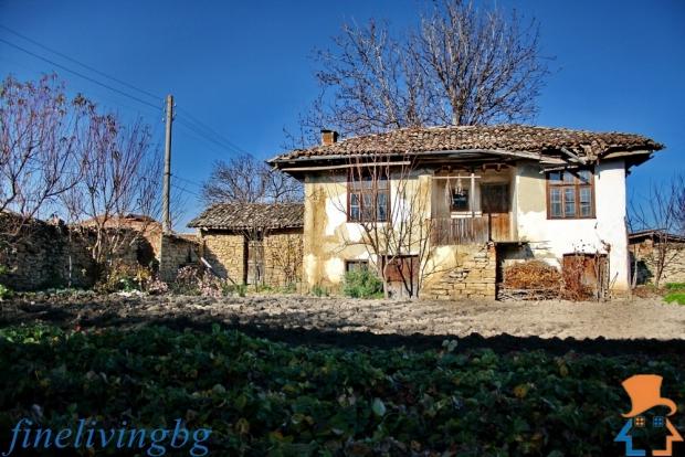 Opknappertje cottage Bulgarije vintage wonen go with the vlo