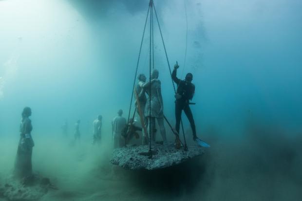 Onderwaterbeelden Jason deCaires Taylor museum go with the vlo