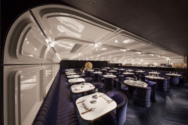 Speakeasy FoxGlove Hongkong restaurant go with the vlo