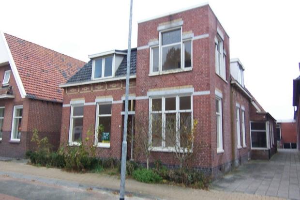 Pastoriewoning Nieuwe Pekela voorkant opknappertje go with the vlo