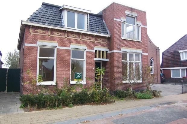 Pastoriewoning Nieuwe Pekela voorkant te koop go with the vlo