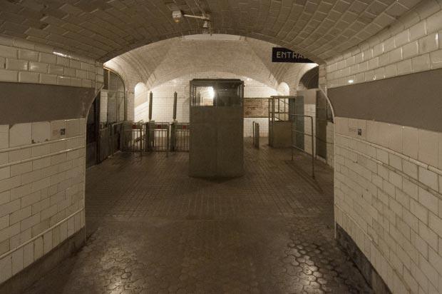 Madrid metrostation go with the vlo 2