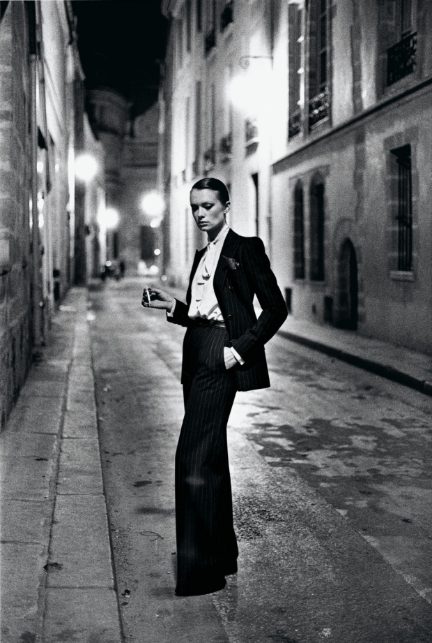 Yves Saint Laurent 1975 Helmut Newton go with the vlo