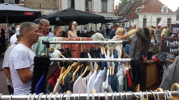 Hattem rommelmarkt kleding go with the vlo