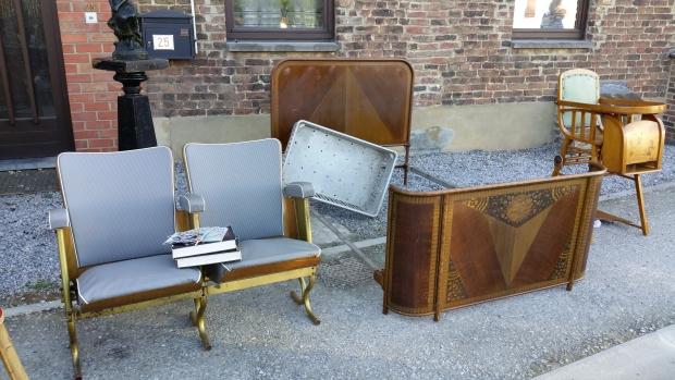 Temploux antiekmarkt meubels go with the vlo