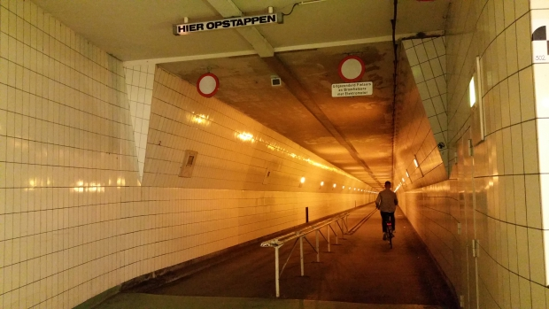 rotterdam-maastunnel-go-with-the-vlo
