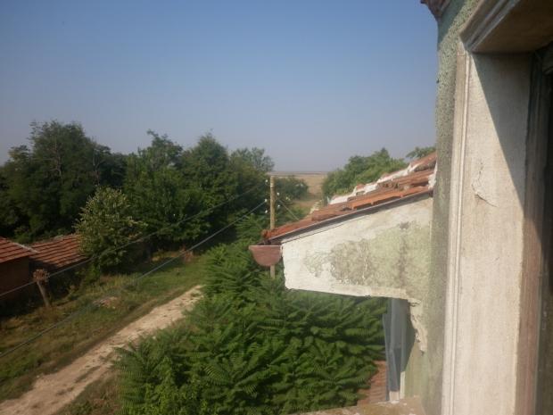 opknappertje-bulgarije-tuin-huis-go-with-the-vlo
