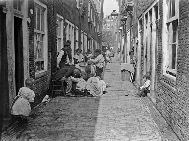 thoolenstraat-rotterdam-1910-berssenbrugge-go-with-the-vlo