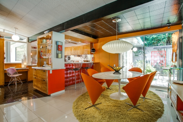 woonkamer-midcentury-modern-huis-go-with-the-vlo