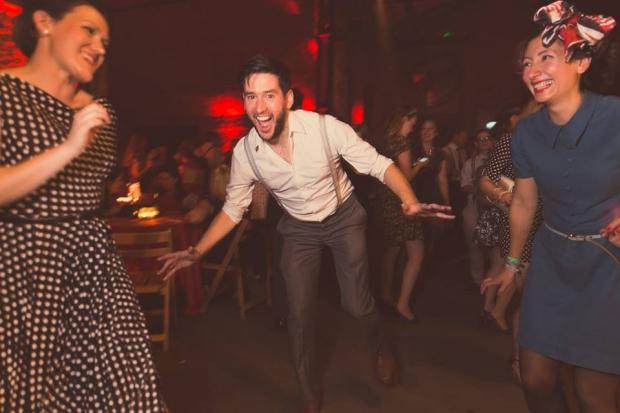 blitz-party-dansen-oorlog-go-with-the-vlo