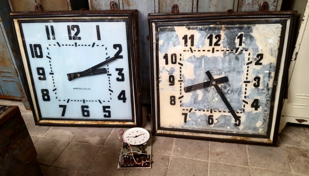 industrieel-en-zo-klokken-vintage-go-with-the-vlo