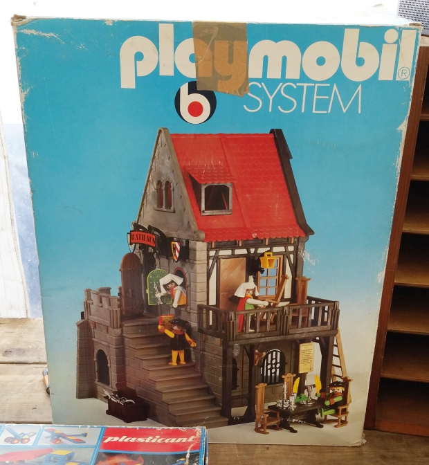 playmobil-raadhuis-seventies-go-with-the-vlo