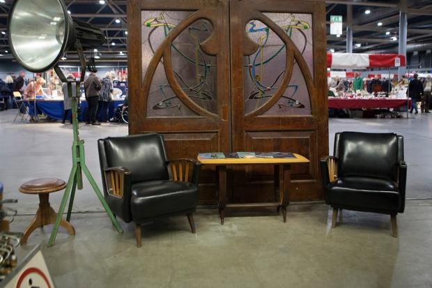 verzamelaarsjaarbeurs-meubels-vintage-go-with-the-vlo