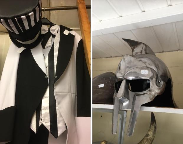de-wit-kostuums-helm-go-with-the-vlo