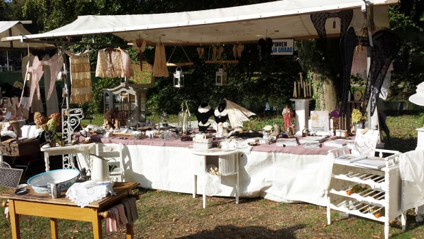 maquitrida-brocante-markt-kasteel-rosendael-go-with-the-vlo