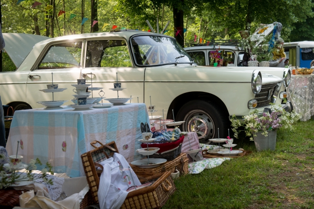 le-bric-a-brac-oldtimers-rommelmarkt-go-with-the-vlo