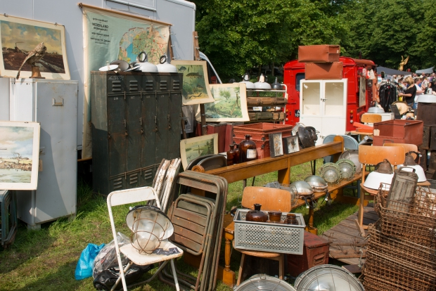 le-bric-a-brac-vuren-vlooienmarkt-go-with-the-vlo