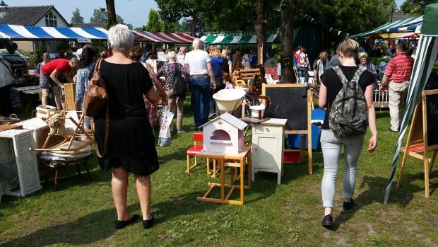 ugchelen-kerkmarkt-go-with-the-vlo-4