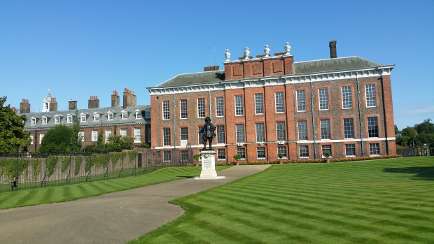 kensington-palace-lady-diana-londen-go-with-the-vlo