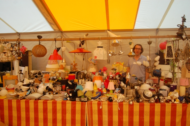 derdewereldrommelmarkt-vintage-lampen-go-with-the-vlo