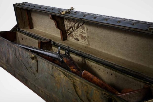 louis-vuitton-beurs-van-berlage-legendary-trunks-go-with-the-vlo