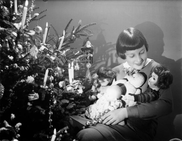 kerstboom-echte-kaarsjes-nostalgie-go-with-the-vlo
