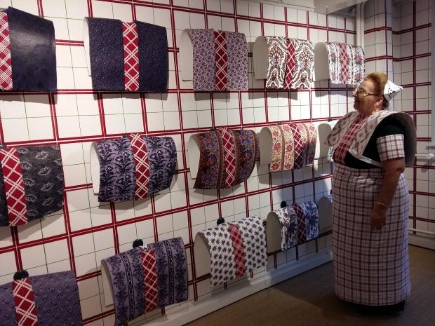 klederdrachtmuseum-amsterdam-expositie-go-with-the-vlo