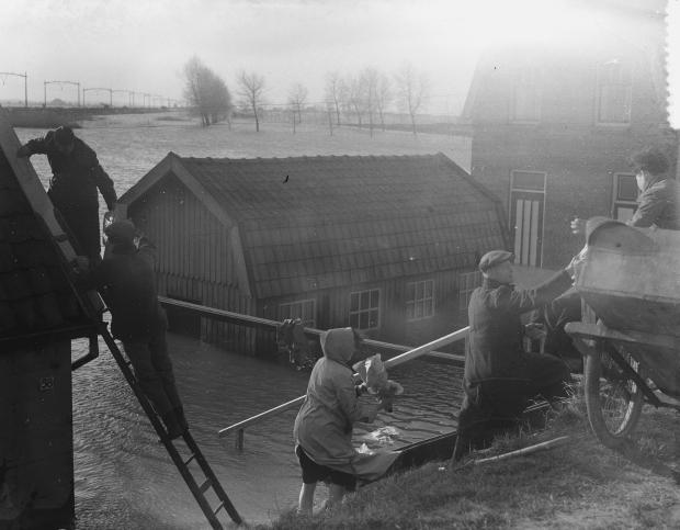 watersnoodramp-1953-wieldrecht-go-with-the-vlo