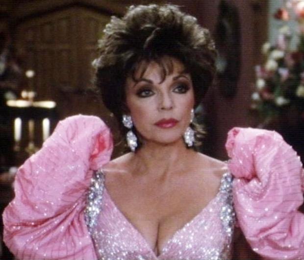 Alexis Colby Carrington roze jurk eighties Dynasty go with the vlo