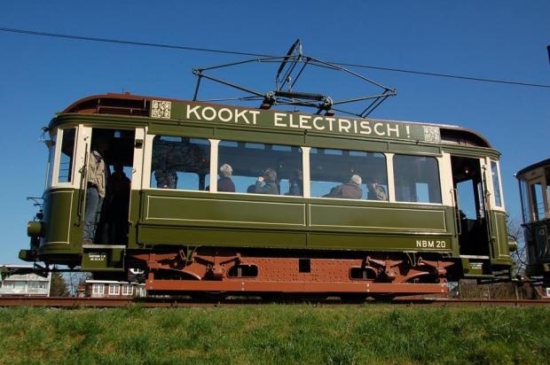 Electrische Museumtramlijn Amsterdam loods sloop woede go with the vlo