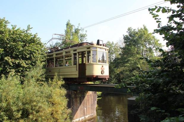 Electrische Museumtramlijn Amsterdam sloop loods go with the vlo 3