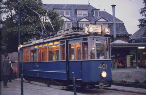 Historische trams Amsterdam sloop go with the vlo 2