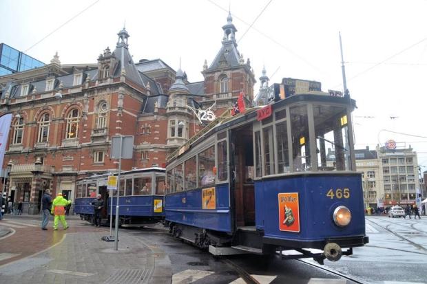 Historische trams Amsterdam sloop go with the vlo