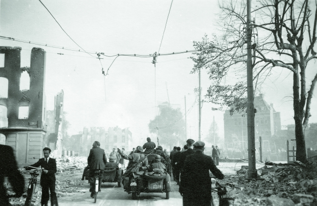 Nach Holland Gerard Groeneveld bombardement Rotterdam go with the vlo
