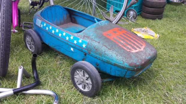 Kinderauto rommelmarkt Schiedam
