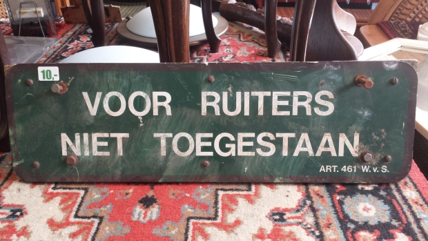 Kringloopwinkel Rotterdam ruiterbord