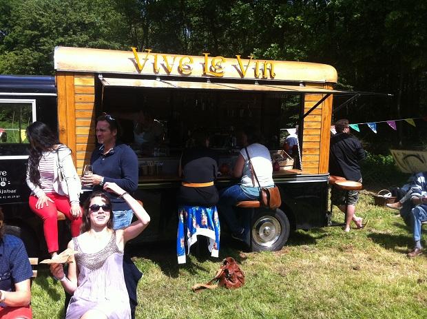 Le Bric a Brac kofferbakmarkt wijn